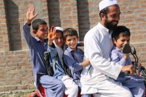 Foto 4 - bambini con gravi patologie uditive