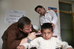 Foto 1- Bambini con gravi patologie uditive